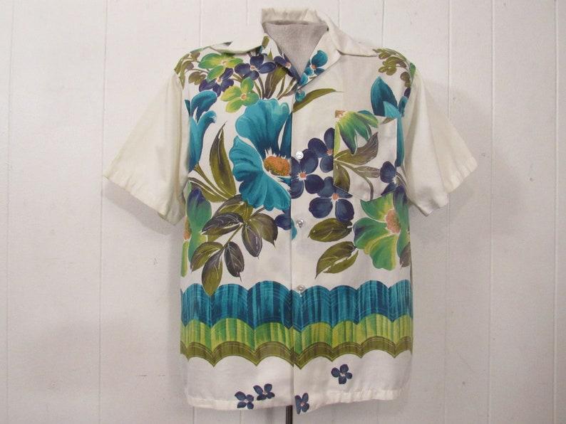67621b75 Vintage shirt Hawaiian shirt 1960s shirt vintage Hawaiian | Etsy