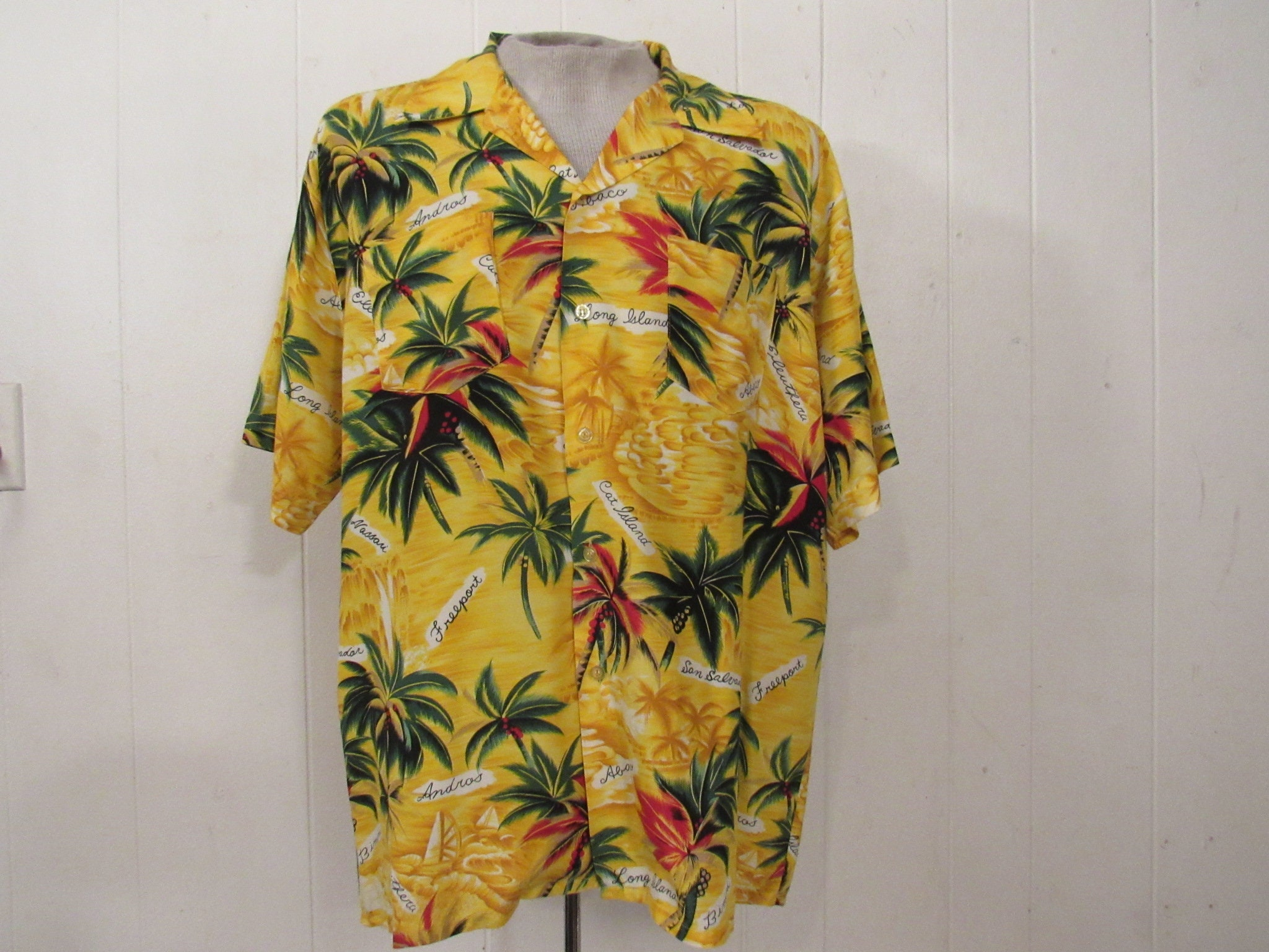 Vintage shirt, Hawaiian shirt, 1980s shirt, Rayon Hawaiian, Rayon shirt,  vintage clothing, XL