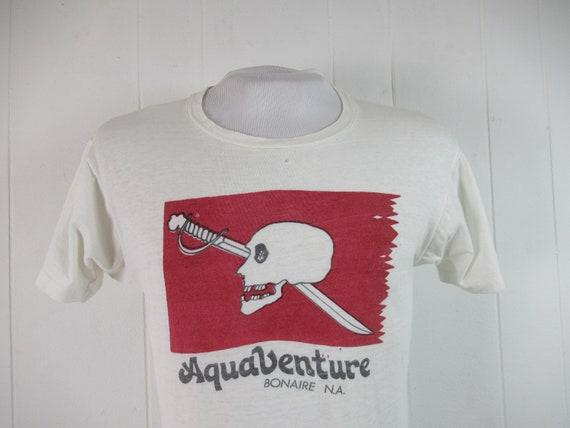 Vintage t shirt, skull t shirt, 1970s t shirt, Aqu