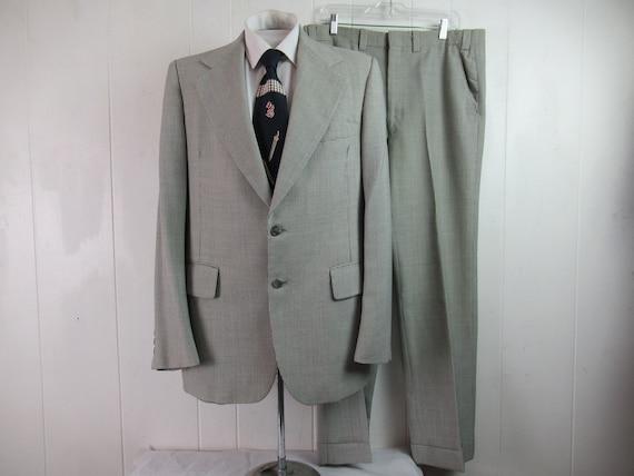 Vintage suit, 1970s suit, gabardine suit, houndsto