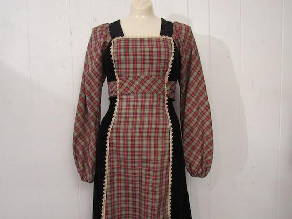 Vintage dress, 1970s dress, peasant dress, Jody T