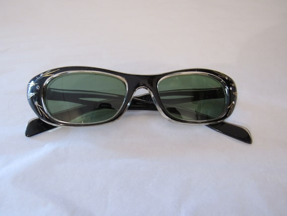Vintage sunglasses, 1950s sunglasses, Cat eye sung