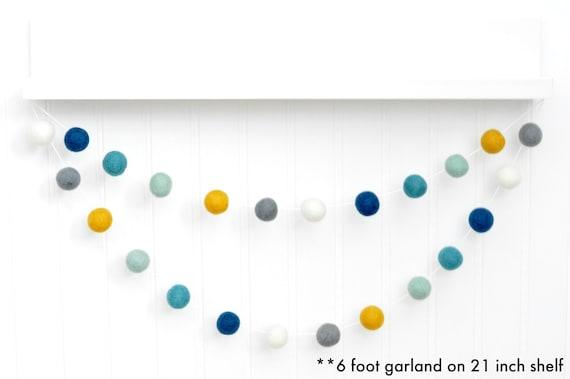 moutarde gris et blanc Rose Feutre Balle Pompon Boule Garland Home 20 x 2.5 cm Balles