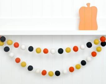Halloween Party, Halloween Decor, Halloween Birthday, Halloween Bunting, Orange and Black Felt Ball Garland Halloween Garland Halloween Sign
