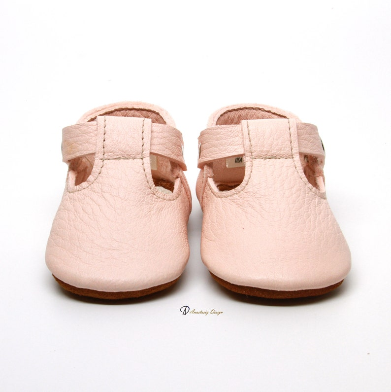 f59451fb28d8d Soft Pink Leather Baby Moccasins Baby Girl Moccasins Suede Bottom Baby Girl  Shoes Princess Shoes Toast Suede