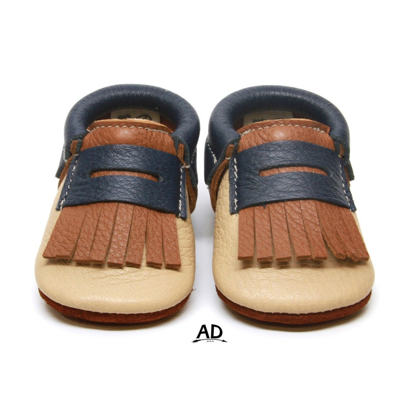 1e28793e0beb7 Three color Urban loafers Leather Baby Moccasins Baby Girl Moccasins Suede  Bottom Baby Boy Shoes Shoes Boys moccs