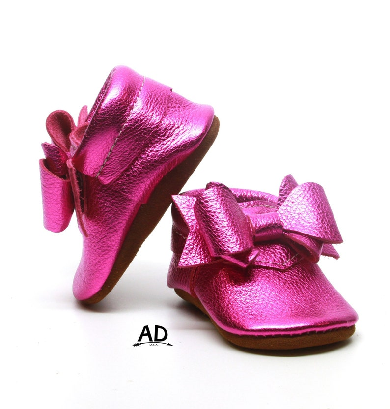 4b515f20efde4 Perfect Bow Hot Pink Metallic Leather Baby Moccasins Baby Girl Moccasins  Suede Bottom Baby Girl Shoes Princess Shoes Toast Suede