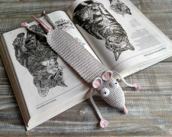 Mouse birthday favor Unique bookmark Cute bookmarks Amigurumi rat Crochet rat Rat bookmark Funny bookmark Mouse bookmark Grey and pink rat