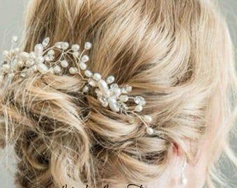Crystal Pearl Flower Hair Pin, Floral hair pins, Bridal hair pins, Pearl Hair Pins, Silver or Gold Hair Pins, Crystal hair pins, Bridal