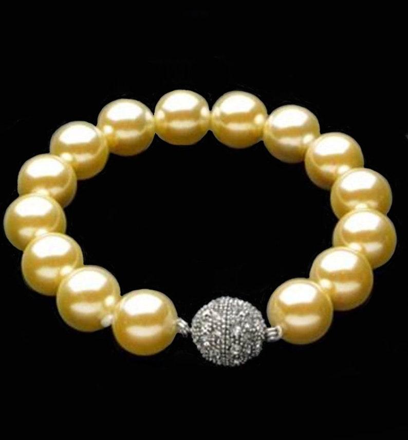Yellow Shell Bracelet Shell Pearl Bridal Bracelet Yellow Bead Bracelet Yellow Wedding Bracelet Yellow Mother of Pearl Shell Bracelet