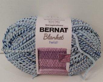 6 INKWELL 10744 Bernat Blanket Yarn Big 10.5 oz Skein ~ Black White /& Grey Twist ~ Super Bulky ~ Thick Blanket Yarn  Black White and Grey