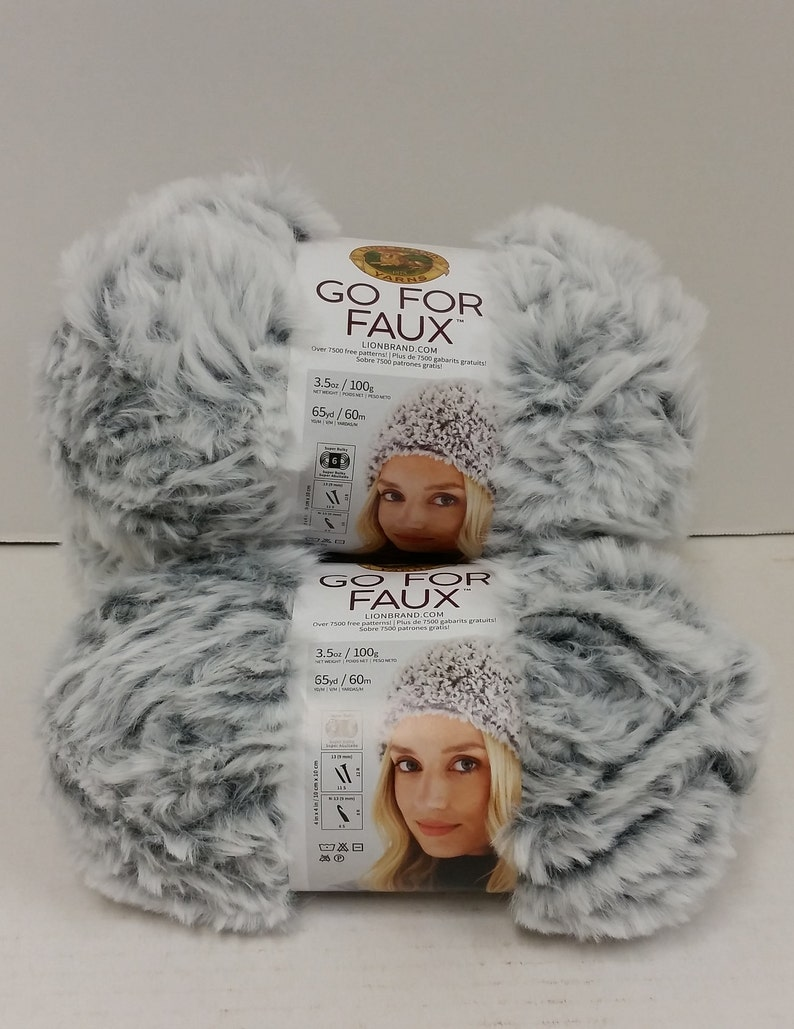 1 Skein (9 Skeins Available) Lion Brand Go For Faux Yarn, Color Chinchilla,  Dye Lots 14847, 15181, 3 5oz/100g, 65yd/60m, Super Bulky 6