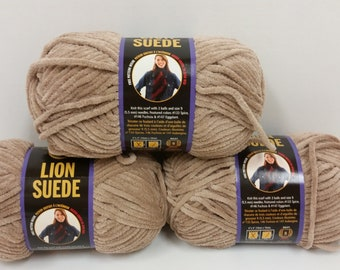 3 Skeins Lion Suede Yarn Color Taupe, Dye Lot 0123H, 3oz/85g, 122yds/110m Each, Bulky 5