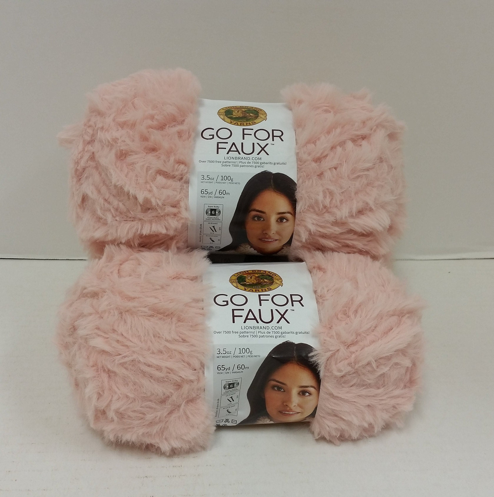 1 Skein (70 skeins Available) Lion Brand Go For Faux Yarn, Color Pink  Poodle, Dye Lot 14847 and 15033, 3 5oz/100g, 65yd/60m, Super Bulky 6