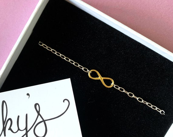 Infinity Bracelet, Gold - Karma Collection