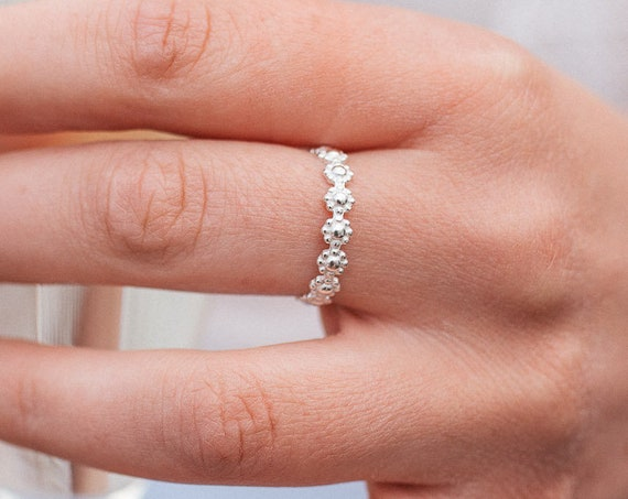 Daisy Chain Ring, Sterling Silver - Nature Collection