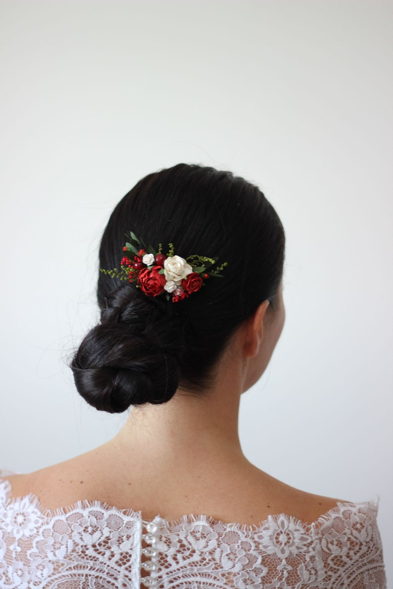 White red flower comb/Floral headpiece/Bridal hair comb/Flower image 0