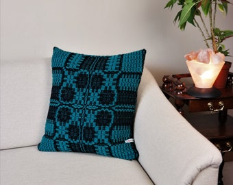 Handwoven sofa cushion pure wool 20''x20'', Boho cushion cover for your living room black and emerald-green closed by a zipper