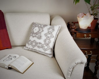 Handwoven designer cushion cover of wool for an elegant atmosphere approx. 40x40cm (16'' x 16'') in white and sandy colour