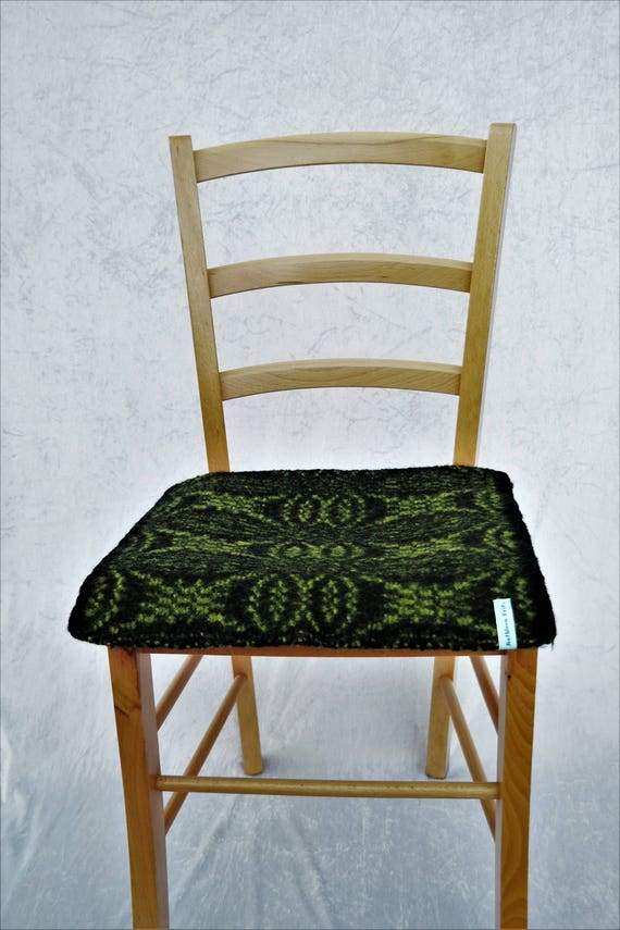 Surprising Warming Bench Seat Pad 39Cm X 43 Cm Hand Woven Wool Black Pea Green Chair Cushion For Inside And Outside The House Wool Woven Felted Machost Co Dining Chair Design Ideas Machostcouk