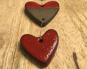 4 muck enameled red hearts Garland