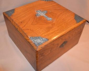 Antique Catholic Last Rites Communion Box 1895-1896