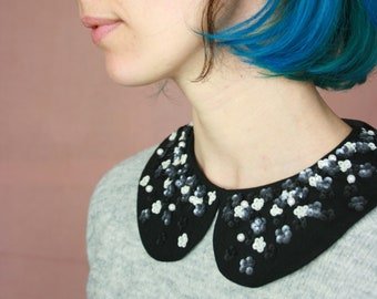 removable collar, black and white flower embroidery