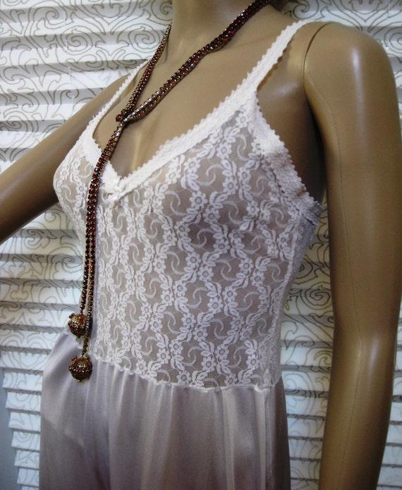 Fabulously Feminine Vintage Black Nylon Sheer Lace Full Slip