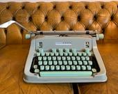 Working Hermes 3000 typewriter