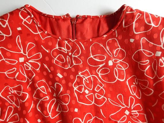 Vintage 1980s Silk Print Long Sleeved Red Dress S… - image 7