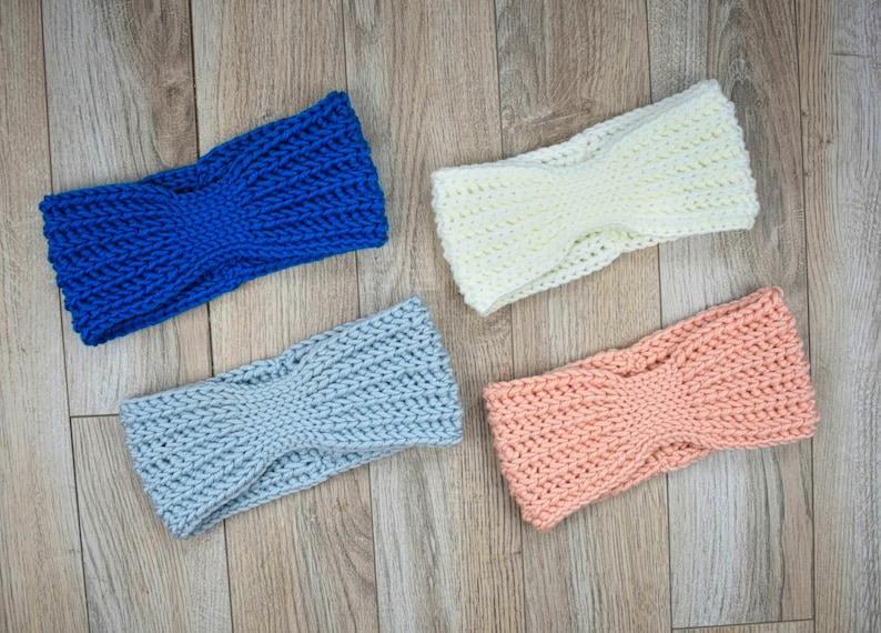 Trailblazer Crochet Earwarmer Pattern image 0