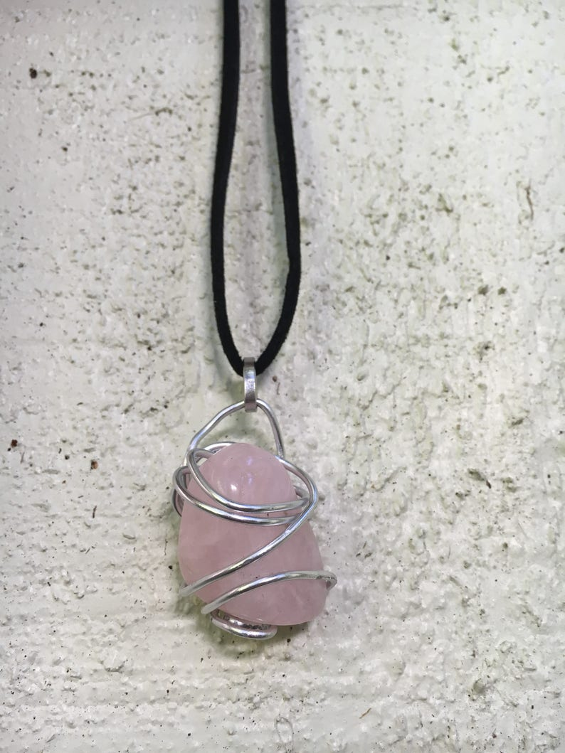 Simple Rose Quartz Wire Wrap Leather Necklace