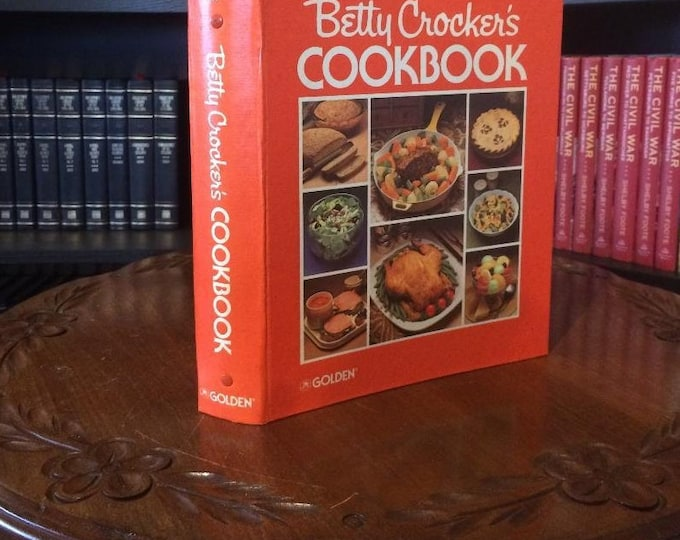Betty Crocker's Cook Book New and Revised Edition (1983) 10th Printing
