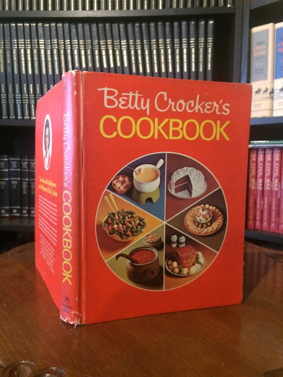 Betty Crocker's Pie Cook Book 1969 1st Edition/1st printing
