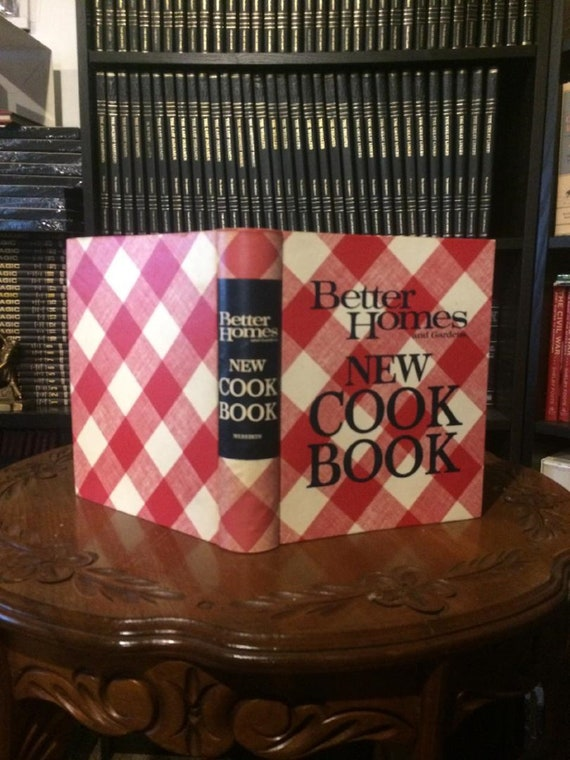 Better Homes and Gardens NEW COOK BOOK 1968, 1973 1st Edition-Sixth Printing