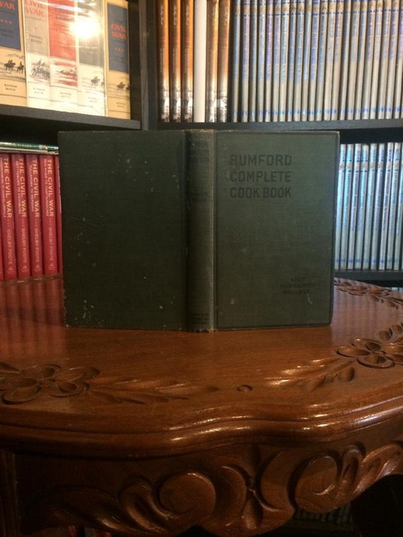 Rumford Complete Cookbook by Lily Wallace (1925)