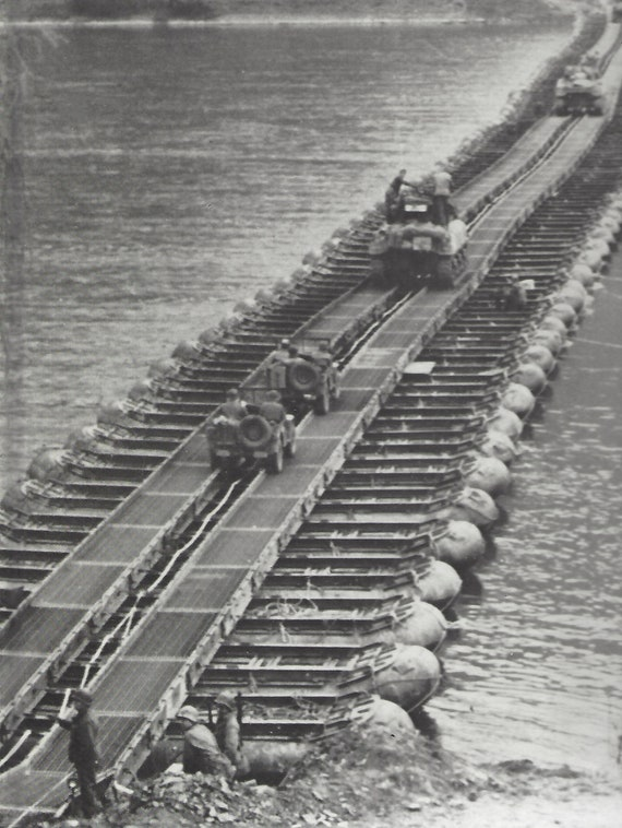 TIME-LIFE: World War II- Across the Rhine by Franklin M. Davis Jr.   (1980)