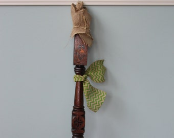 Scarecrow Reclaimed Spindle, Fall Decor, Reclaimed Wood