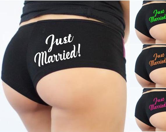 Just Married! Boyshorts Underwear Panties Undies Sexy Ass Booty Hot Short Fiance Wife Husband Wedding Shower Gift Bride Bridesmaid Honeymoon