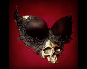 6932fa52093 SKULL BRA TOP - Dark Halloween Costume - Day of the Dead - Gothic Dress -  Macabre Couture - Custom Colours and Plus Size availabe
