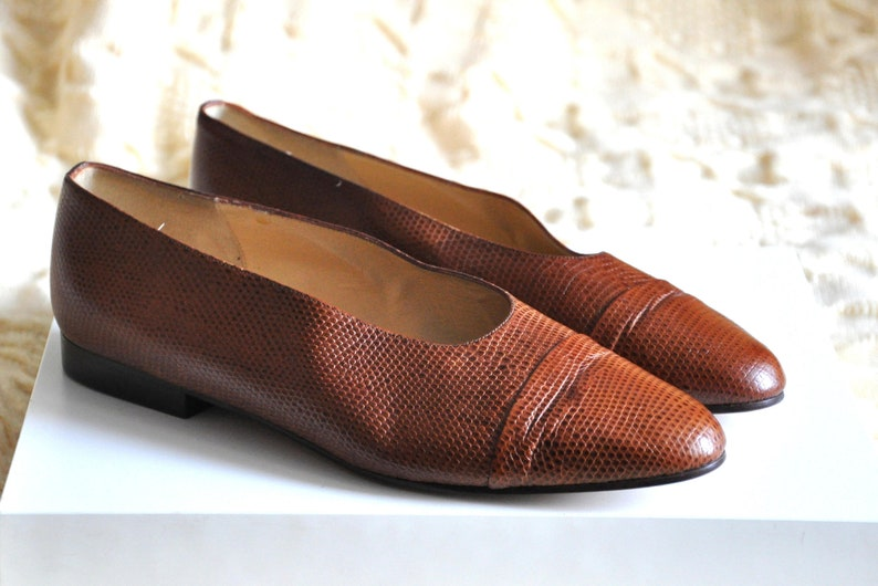 5eebe81d96739 Vintage 90s flats by Ann Taylor, Vintage brown leather shoes, womens  leather flats, pointed toe flats, Made in Italy