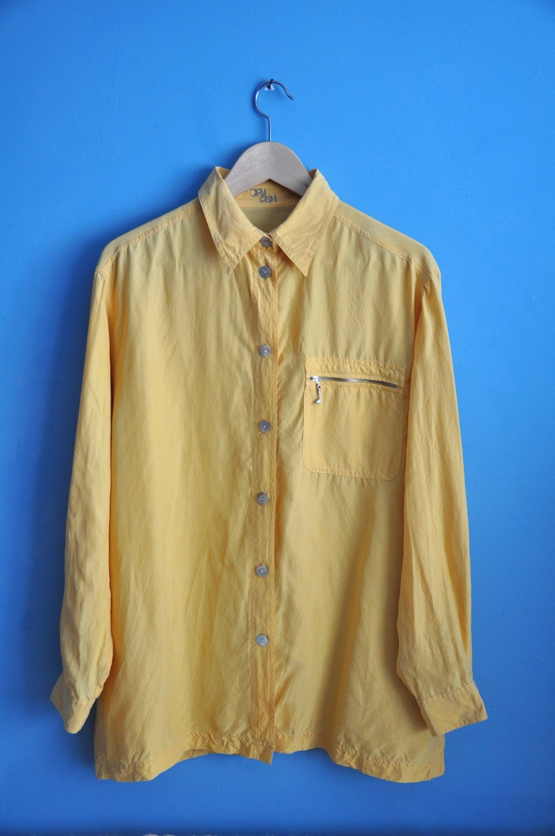 size L button up long sleeve blouse hipster top summer blouse Vintage 90s faded yellow oversized silk shirt preppy