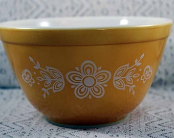 Pyrex 401, Butterfly Mixing Bowl, 1.5 Pints, Butterfly Mixing Bowl, Pyrex 401 Butterfly Mixing Bowl