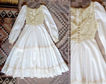 RESERVED Gunne Sax Dress Wedding dress, Jessica McClintock  Vintage 70s Boho Wedding  cotton and lace Floral prairie dress