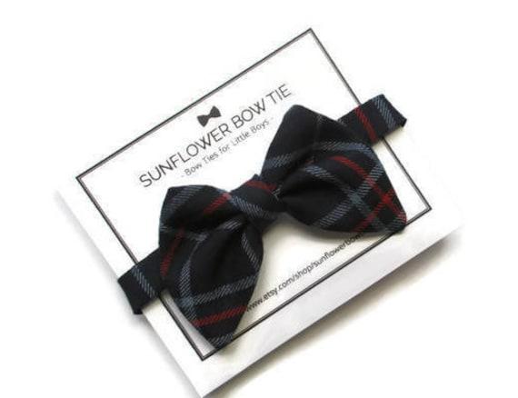 c5ccf2176e90 Boys Bow Tie Navy Bow Tie Blue Bow Tie Bow Ties for Boys | Etsy