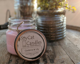 SoyCat Candles 8 oz Gardenia and Lily (Gardenia & Lily scented/100% Soy Wax/Homemade/Rustic Style)
