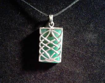 Sterling Silver Celtic Knot pendant with Aventurine