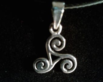 Sterling Silver Celtic Charm (17)