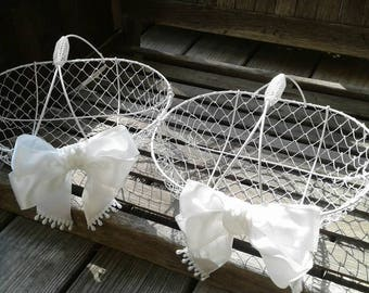 Wire flower girl basket with satin bow, Wedding basket, Wire mesh flower girl basket, Can also be painted in any color