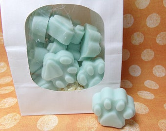 M-R Paw Print Soy Wax Melts Scented   Wickless Candle Melts Tarts   Cat Dog Pet Paw Print   Choose Your Scent   Wax Warmers   Scent Shots
